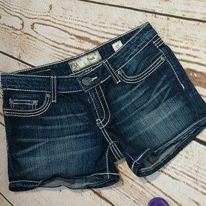 BKE Stella Jean Shorts Size 27